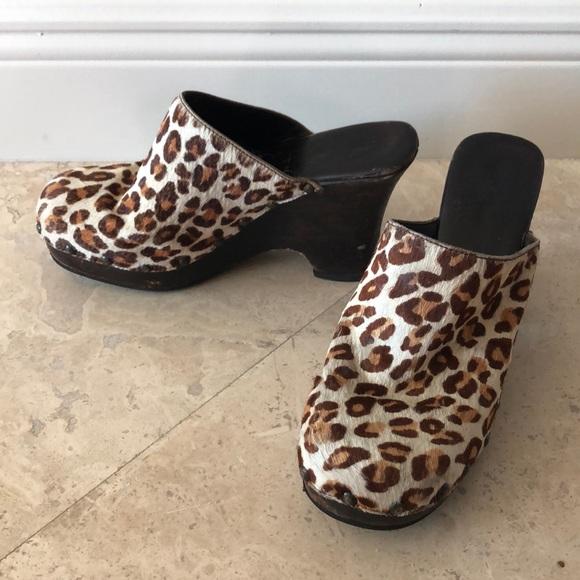 Mia Shoes - Leopard Clogs